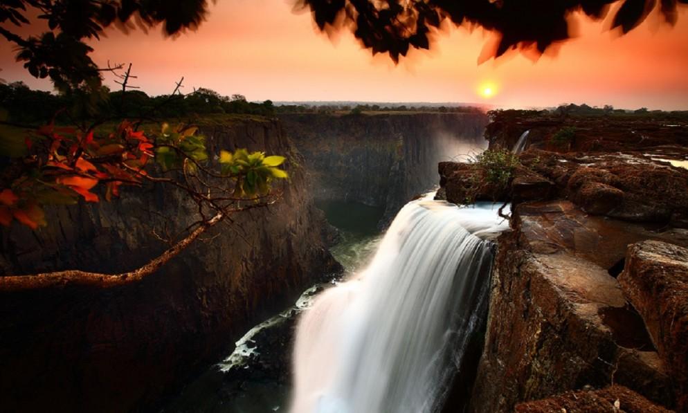 Victoria-Falls-Zambia-james-994x597